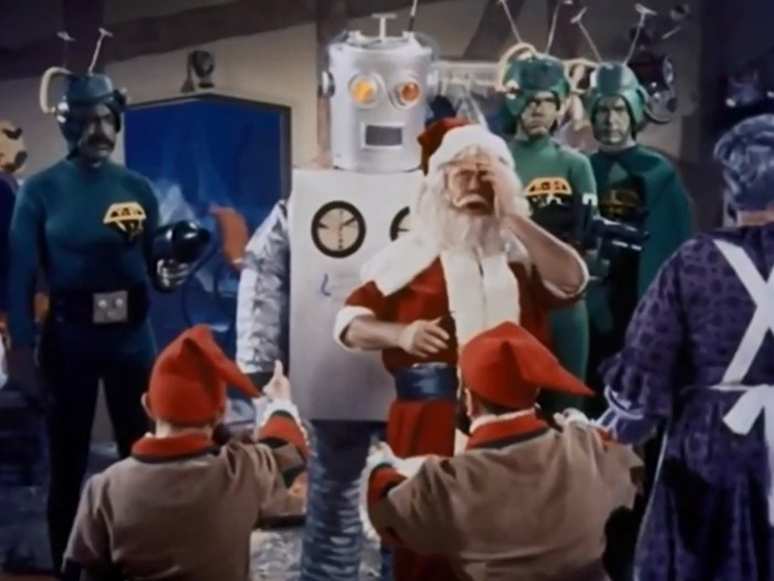 Santa-Claus-Conquers-the-Martians-1964-2